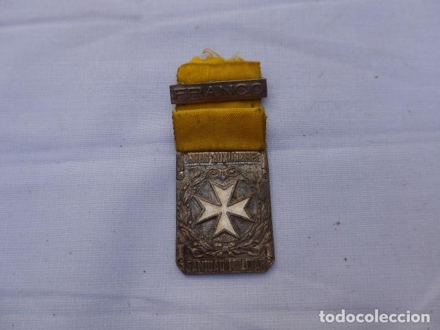 * ANTIGUA MEDALLA DE DAMAS AUXILIARES DE GUERRA CIVIL, SANIDAD MILITAR, ORIGINAL. ZX (Militar - Medallas Españolas Originales )