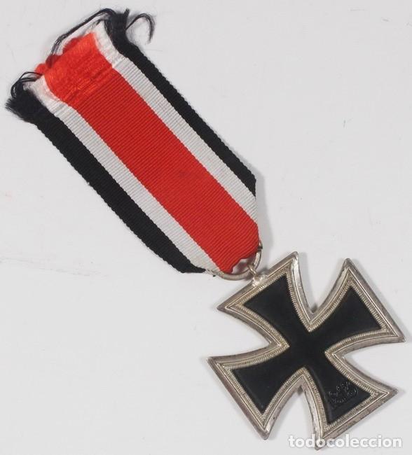 Militaria: Insignia Cruz de Hierro de 2 clase, original alemán Segunda Guerra Mundial - Foto 2 - 182643655