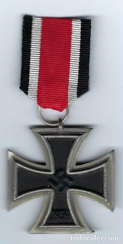 CRUZ DE HIERRO DE SEGUNDA CLASE CON CINTA. RÉPLICA EXCELENTE (Militar - Reproducciones y Réplicas de Medallas )