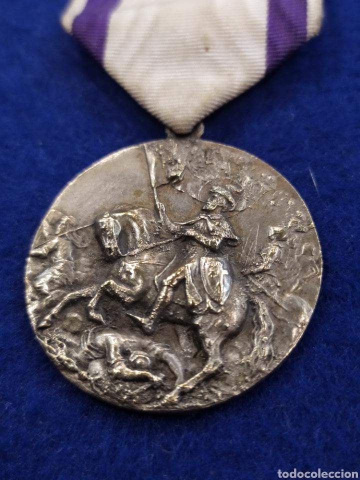 Militaria: Medalla premio asistencia y puntualidad 1941- 42. Santiago matamoros - Foto 3 - 182889615