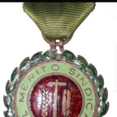 Militaria: MEDALLA MERITO SINDICAL. Lote 183317041