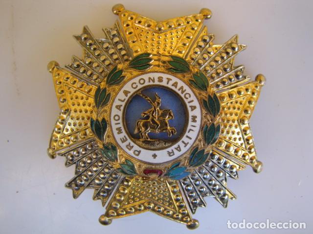 MEDALLA PLACA PREMIO A LA CONSTANCIA MILITAR. SAN HERMENEGILDO. (Militar - Medallas Españolas Originales )