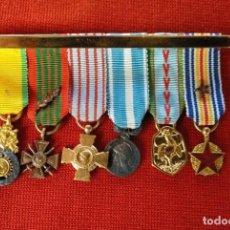 Militaria: PASADOR CON 6 MEDALLAS FRANCESAS EN MINIATURA. ORIGINALES DEL PERÍODO 1914-1945.. Lote 183581870