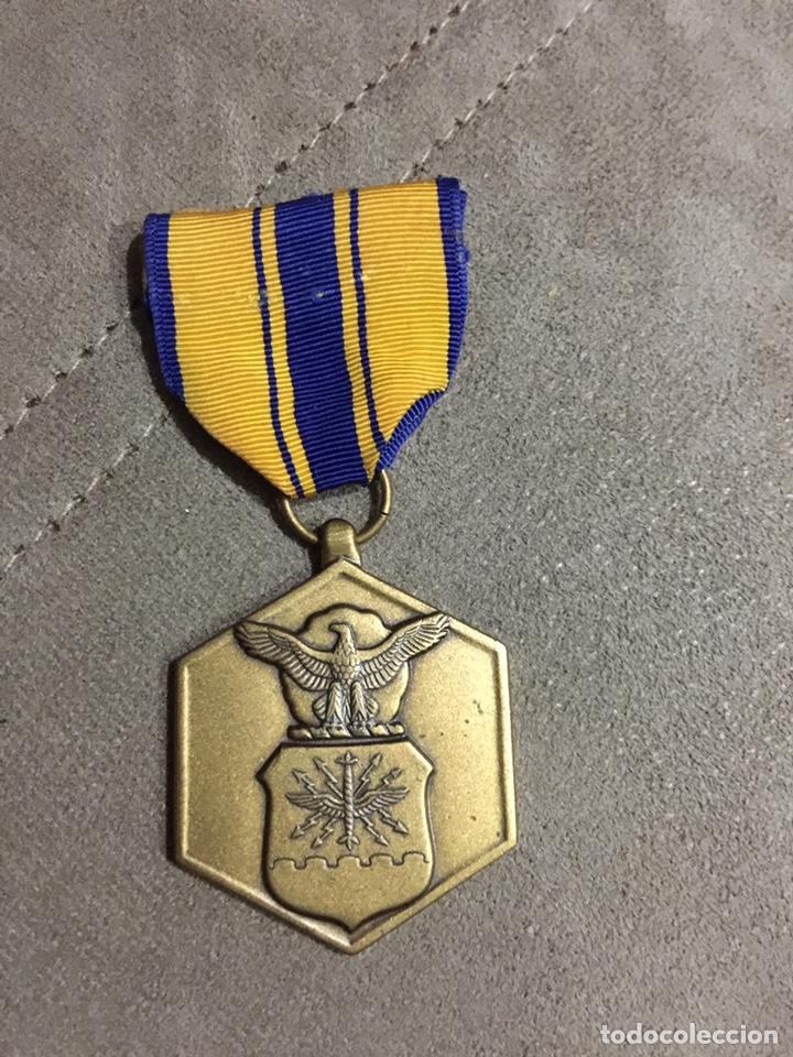 MEDALLA MILITAR E.E.U.U. MÉRITO MILITAR. USA (Militar - Medallas Extranjeras Originales)