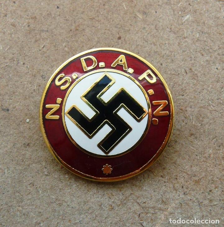NSDAPN .TERCER REICH.INSIGNIA DE MIEMBRO DEL PARTIDO (Militar - Reproducciones y Réplicas de Medallas )