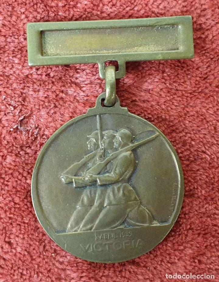 Militaria: MEDALLA DE COBRE. ALZAMIENTO Y VICTORIA. GUERRA CIVIL. 1936-1939. - Foto 2 - 185948471
