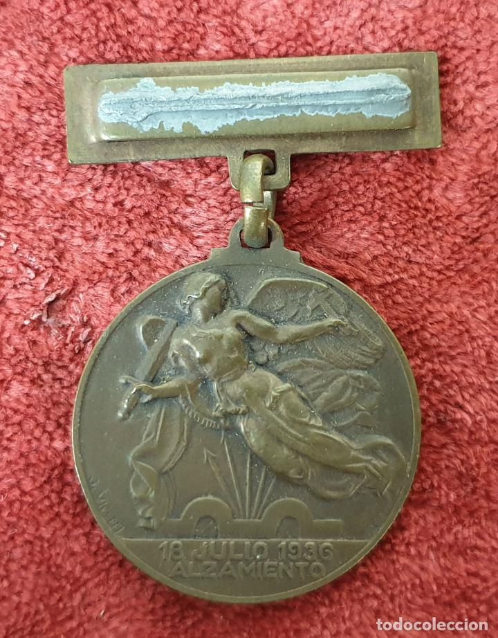 MEDALLA DE COBRE. ALZAMIENTO Y VICTORIA. GUERRA CIVIL. 1936-1939. (Militar - Medallas Españolas Originales )