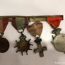 Militaria: PASADOR CON CUATRO MEDALLAS. Lote 186364667