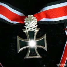 Militaria: CRUZ DE CABALLERO DE LA CRUZ DE HIERRO CON HOJAS DE ROBLE Y ESPAGAS. 1939. Lote 203182998