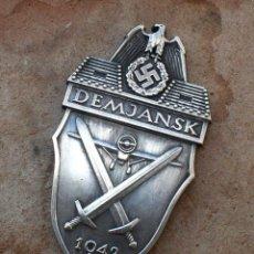 Militaria: INSIGNIA DEMJANSK 1942 ESCUDO DE BATALLA TERCER REICH. NAZI. Lote 188775046