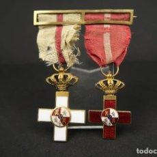 Militaria: ANTIGUO PASADOR MERITO MILITAR ROJO Y MERITO MILITAR BLANCO SIGLO XIX. Lote 189215666