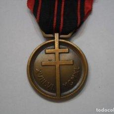Militaria: FRANCIA-MEDALLA DE LA RESISTENCIA DURANTE LA 2 GUERRA MUNDIAL-CON SU CINTA ORIGINAL-EXCELENTE ESTADO. Lote 189647155