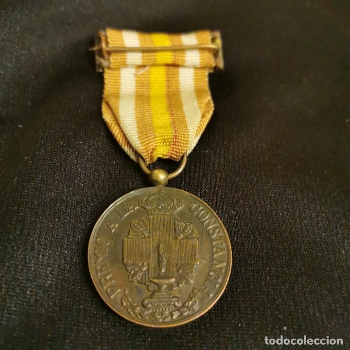Militaria: Medalla de enfermera de la cruz roja - Foto 2 - 189648721