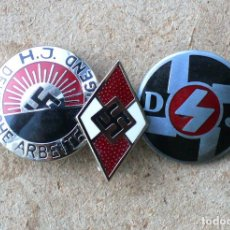Militaria: 3 INSIGNIAS-PIN HITLERJUGEND. TERCER REICH. Lote 231376695