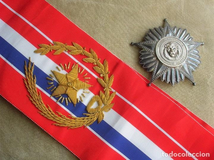 Militaria: ANTIGUA Y ESCASA ORDEN AL MERITO NACIONAL DE PARAGUAY. EXCEPCIONALES PLACA Y BANDA BORDADA. - Foto 4 - 190833642