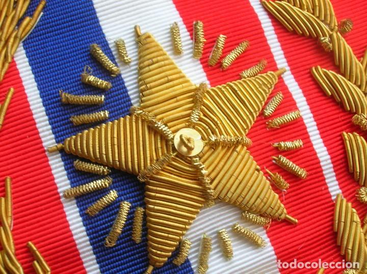 Militaria: ANTIGUA Y ESCASA ORDEN AL MERITO NACIONAL DE PARAGUAY. EXCEPCIONALES PLACA Y BANDA BORDADA. - Foto 6 - 190833642