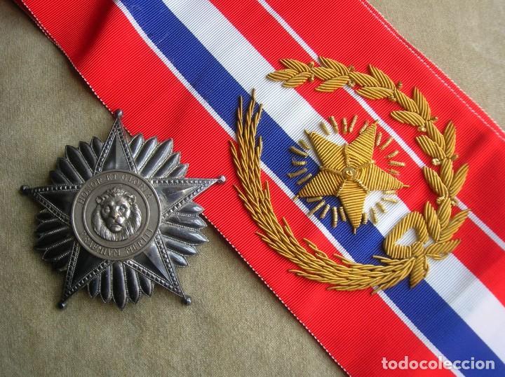 Militaria: ANTIGUA Y ESCASA ORDEN AL MERITO NACIONAL DE PARAGUAY. EXCEPCIONALES PLACA Y BANDA BORDADA. - Foto 17 - 190833642