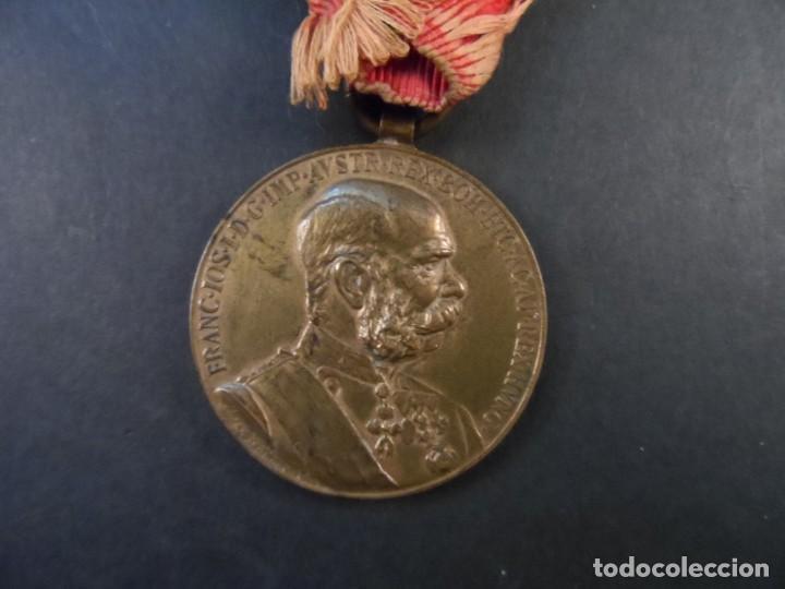 MEDALLA SIGNUM MEMORIAE.50 AÑOS DE REINADO DEL EMPERADOR FRANCISCO JOSE I. AUSTRO-HUNGRIA. AÑO 1898 (Militar - Medallas Extranjeras Originales)