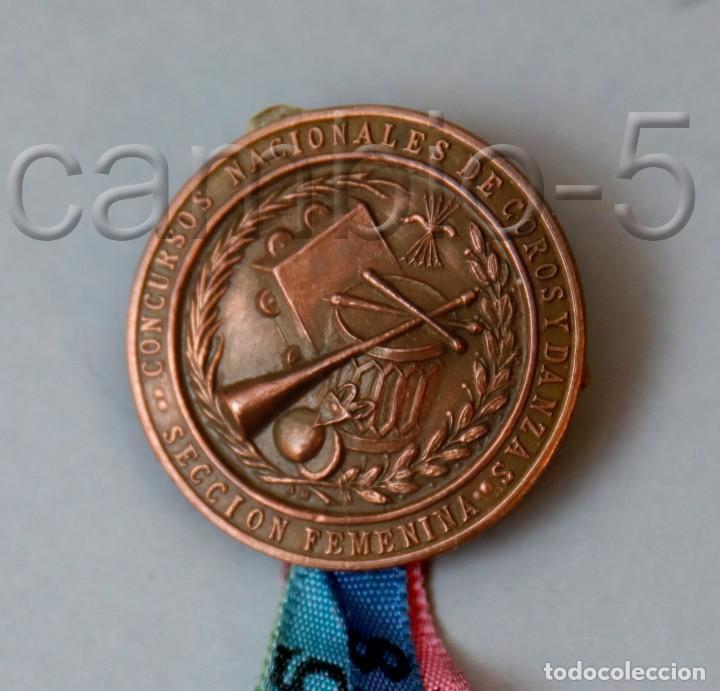 FALANGE - MEDALLA SECCIÓN FEMENINA - CONCURSOS NACIONALES COROS Y DANZAS - NUMERADA - PUNZÓN FABRICA (Militar - Medallas Españolas Originales )