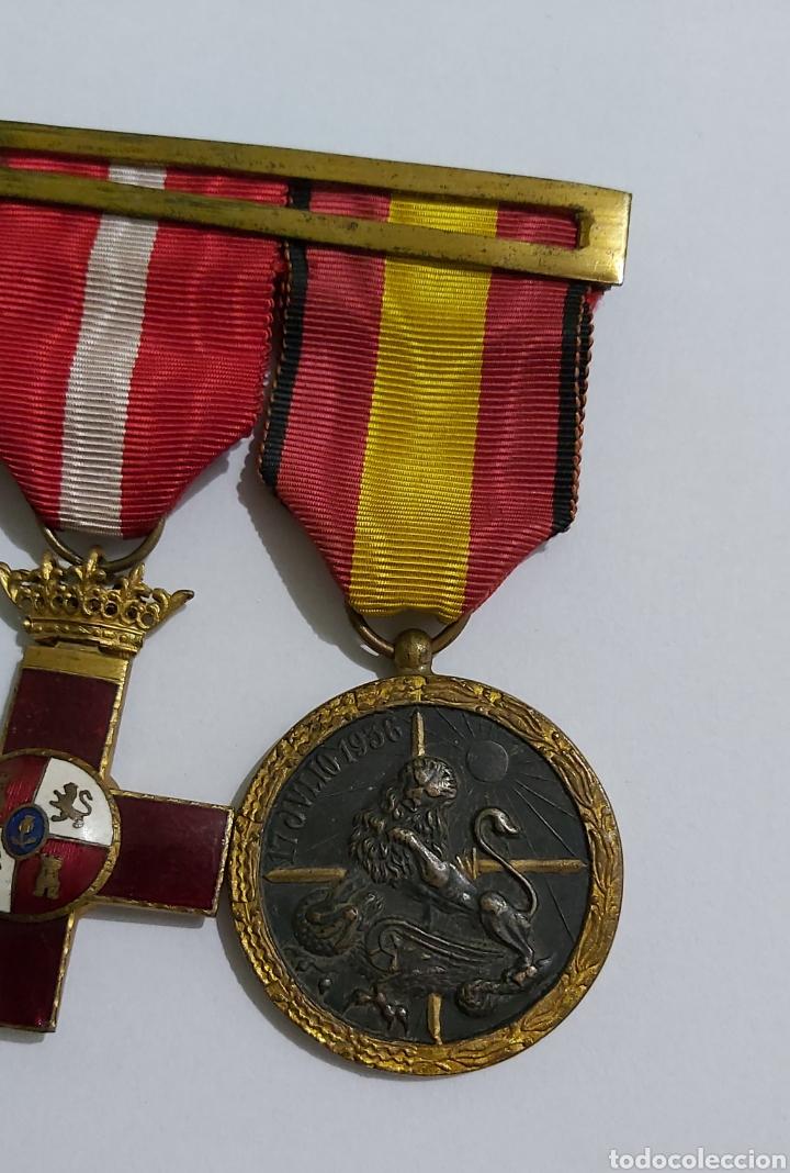 Militaria: PASADOR 3 CONDECORACIONES. ORDEN MEHDAUIA. CRUZ DEL MERITO DIVISION AZUL. ÁFRICA ALFONSO XIII - Foto 2 - 192596437