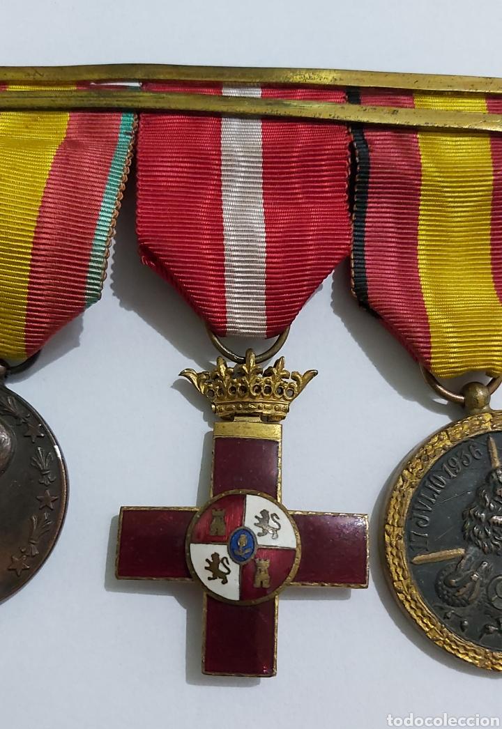 Militaria: PASADOR 3 CONDECORACIONES. ORDEN MEHDAUIA. CRUZ DEL MERITO DIVISION AZUL. ÁFRICA ALFONSO XIII - Foto 3 - 192596437