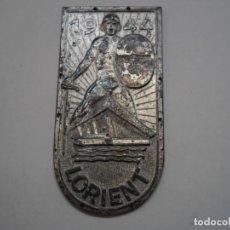 Militaria: PLACA ALEMANA DEL SITIO DE LORIENT (BASE DE SUBMARINOS), EN METAL PLATEADO. Lote 193348470