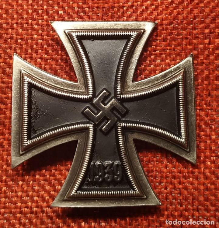 1939. EK1 CRUZ DE HIERRO DE 1ª CLASE IRON CROSS. EISERNES KREUZ I KLASSE. DIMENSIONES 44 X 44 MM. (Militar - Reproducciones y Réplicas de Medallas )