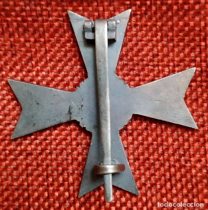 Militaria: Cruz al mérito sin espadas 1ª Clase. Kriegsverdienstkreuz. Medidas: 47 x 47 mm. - Foto 2 - 194149886