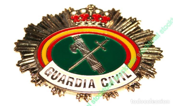 PLACA GUARDIA CIVIL PARA CARTERA CHAPA PARA CARTERA GUARDIA CIVIL MATERIAL: ACERO INOX TAMAÑO 09812 (Militar - Reproducciones y Réplicas de Medallas )