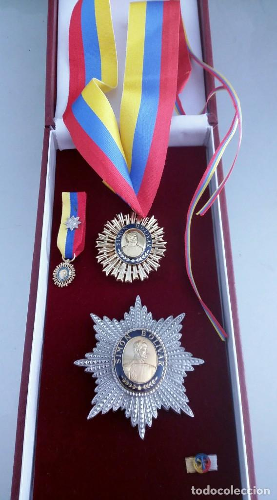 EXTINTA CONDECORACIÓN 2 A. CLASE ORDEN LIBERTADOR SIMÓN BOLÍVAR. GRAN OFICIAL. DIFÍCIL (Militar - Medallas Internacionales Originales)
