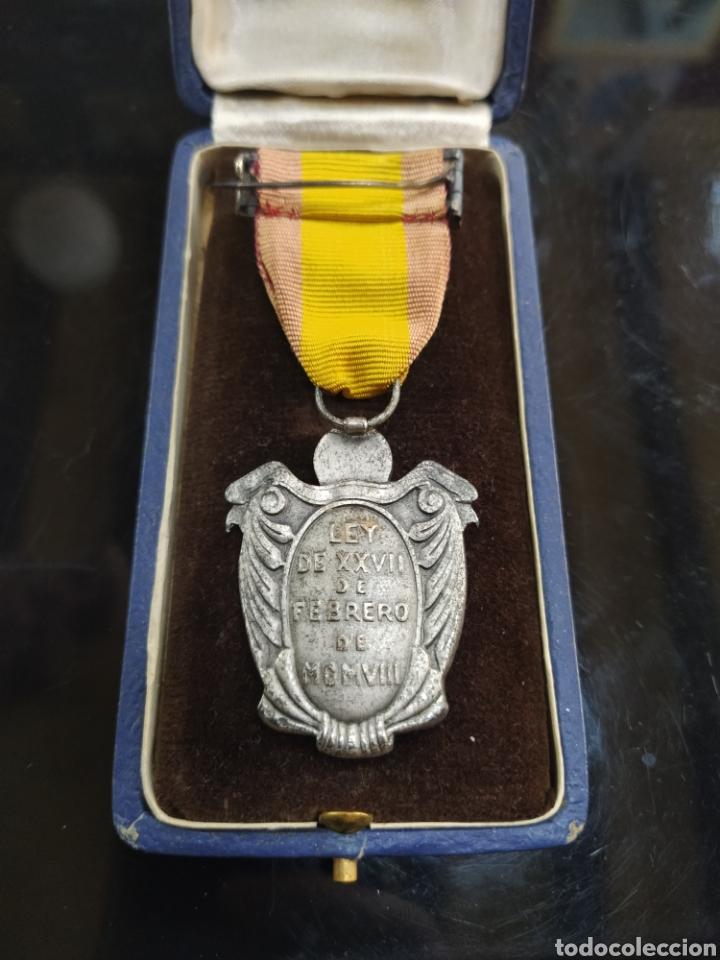 Militaria: C.R. MEDALLA DE PLATA , INSTITUTO NACIONAL DE PREVISIÓN, UNA GRANDE LIBRE - Foto 3 - 194390607
