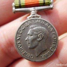 Militaria: MEDALLA DEFENCE WW2 INGLESA MINIATURA . Lote 194510507