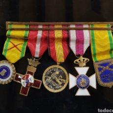 Militaria: C.R. PASADOR CON 5 MEDALLAS, GUERRA CIVIL. Lote 194580452