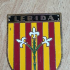 Militaria: PLACA PROVINCIAL OJE LERIDA - FRENTE JUVENTUDES - O.J.E - EPOCA FRANCO.. Lote 195369931