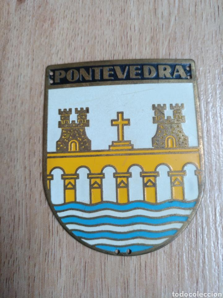 PLACA PROVINCIAL OJE PONTEVEDRA - FEENTE JUVENTUDES - O.J.E - EPOCA FRANCO. (Militar - Medallas Españolas Originales )