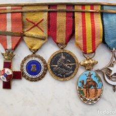 Militaria: PASADOR CON 5 MEDALLAS GUERRA CIVIL Y GUERRA IFNI SAHARA. Lote 195455286