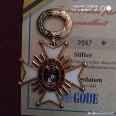 Militaria: ORDEN METAL ESMALTADO MEDALLA INSIGNIA LAUREADA MERITO SANITARIO LA PRESTIGIOSA ALEMANA CASA GODE. Lote 196515623