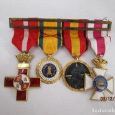 Militaria: PASADOR DE MEDALLAS GUERRA CIVIL.VER FOTOS. Lote 198224771
