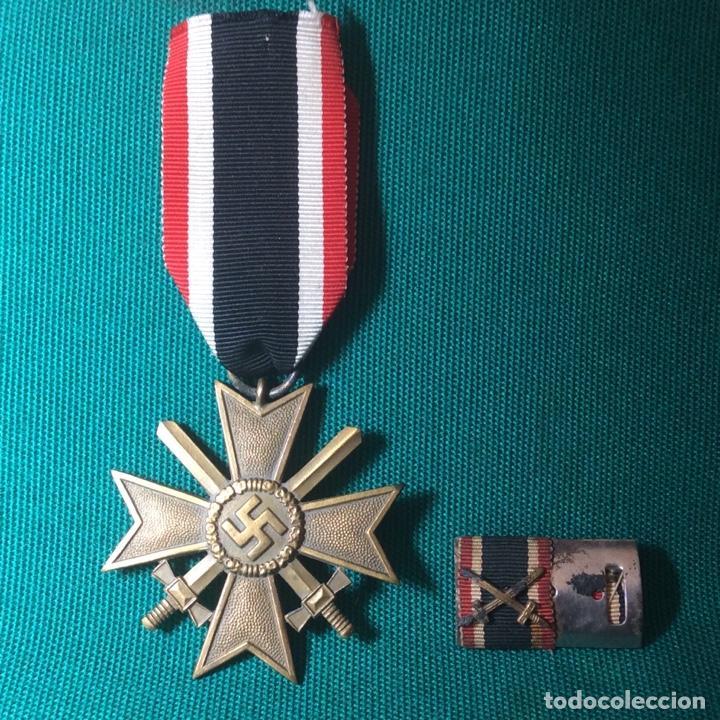 CRUZ DE MÉRITO CON ESPADAS II G.M. CON MINIATURA (Militar - Medallas Extranjeras Originales)