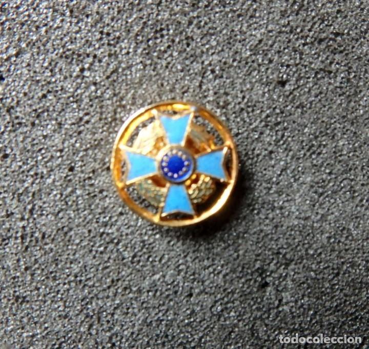 Militaria: (JX-200381)Medalla , placa y pin del Fomento Europeo , cinta España . - Foto 10 - 198634371