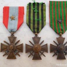 Militaria: LOTE DE 3 CRUCES DE GUERRA FRANCESAS CROIX DE GUERRE 1915 1939 TOE. Lote 199123415