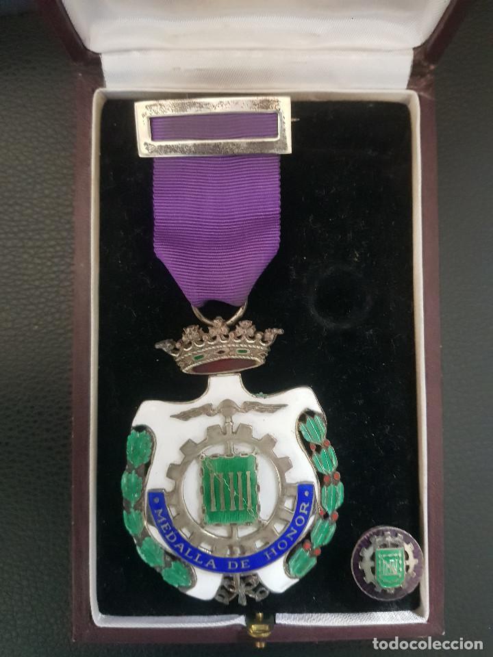 MEDALLA DE HONOR CAMARA OFICIAL DE COMERCIO E INDUSTRIA DE MADRID (Militar - Medallas Españolas Originales )