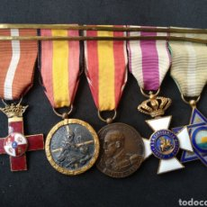 Militaria: PASADOR CON 5 MEDALLAS ESPAÑOLAS. Lote 199774943