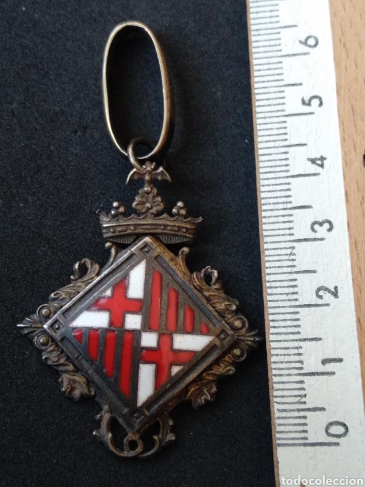 Militaria: Medalla de plata y esmaltes concejal de Barcelona - Foto 3 - 199775431