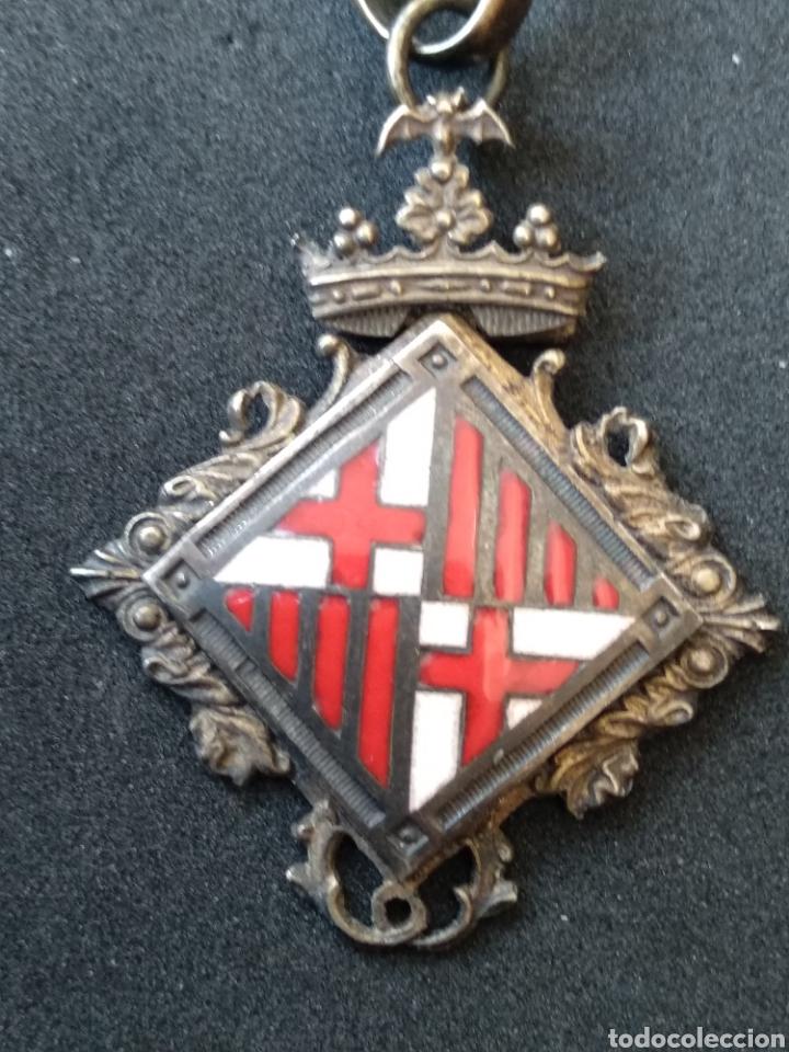 MEDALLA DE PLATA Y ESMALTES CONCEJAL DE BARCELONA (Militar - Medallas Españolas Originales )