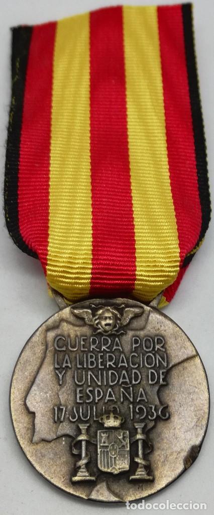 Militaria: RÉPLICA Medalla Guerra por la Liberación y Unidad de España. 17 Julio 1936. CTV Italia. Guerra Civil - Foto 2 - 200589307