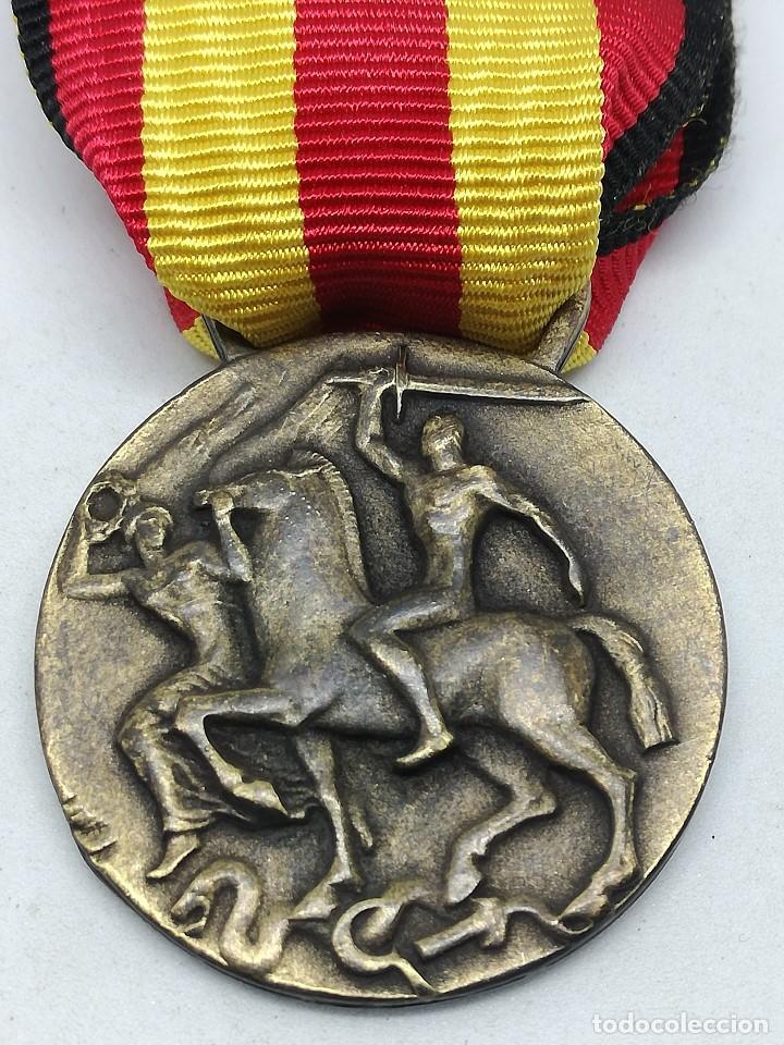 Militaria: RÉPLICA Medalla Guerra por la Liberación y Unidad de España. 17 Julio 1936. CTV Italia. Guerra Civil - Foto 4 - 200589307