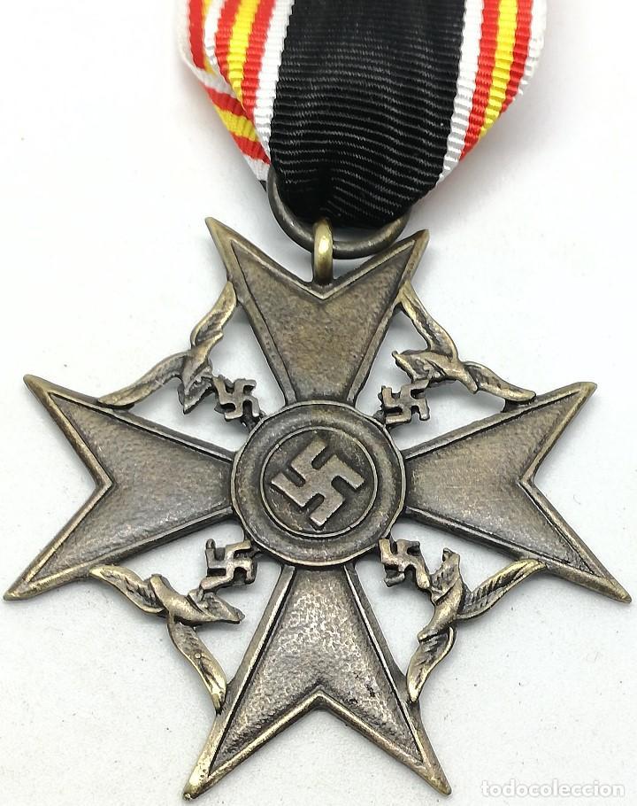 RÉPLICA MEDALLA CRUZ DE ESPAÑA. LEGIÓN CÓNDOR. CATEGORÍA BRONCE. GUERRA CIVIL ESPAÑOLA. 1936-1939 (Militar - Reproducciones y Réplicas de Medallas )