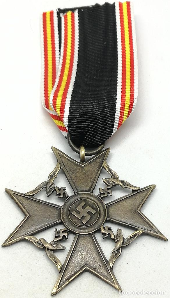 Militaria: RÉPLICA Medalla Cruz de España. Legión Cóndor. Categoría Bronce. Guerra Civil Española. 1936-1939 - Foto 2 - 200589467