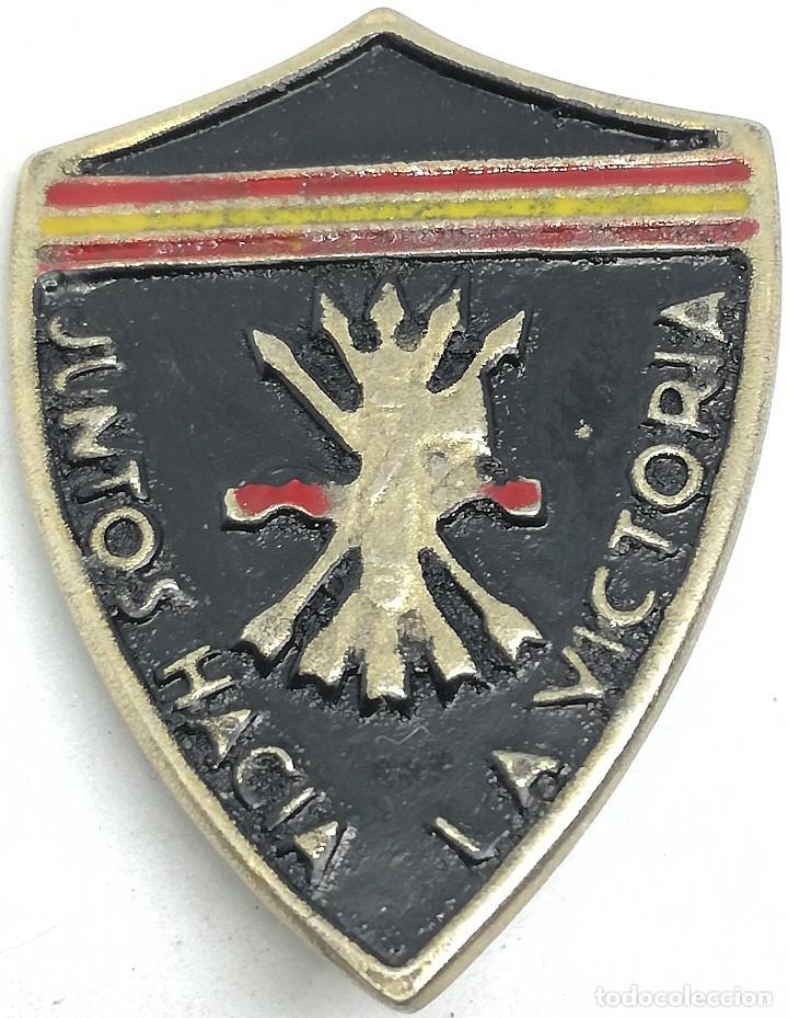RÉPLICA PLACA FALANGE FASCISMO. JUNTOS HACIA LA VICTORIA. VOLUNTARIOS DE GUERRA ITALIANOS ESPAÑOLES (Militar - Reproducciones y Réplicas de Medallas )
